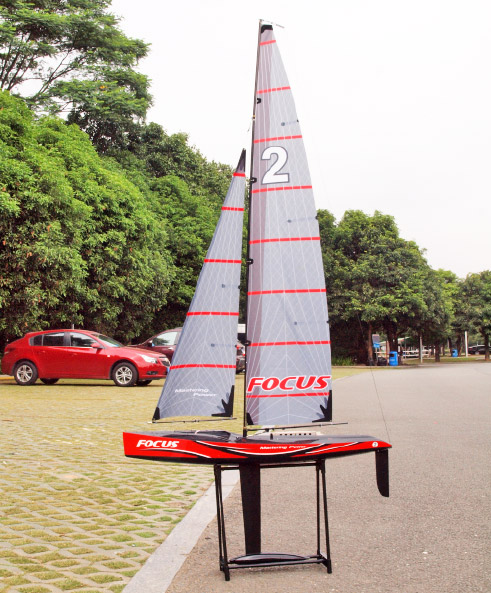 Focus V2 Sailboat 1-meter RTR
